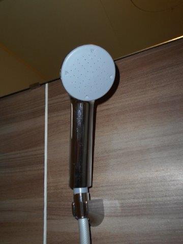 スタイリッシュでグレードの高い浴室に|神奈川県川崎市多摩区のKアパートにて浴室改修リフォーム施工写真2