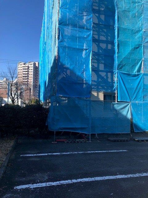 屋根の改修工事 東京都多摩市の某マンションにて外装リフォーム施工写真1