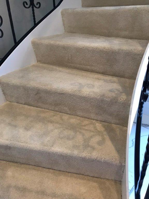 オシャレな階段へリフォーム 横浜市中区石川町のS様邸にて内装工事施工写真6
