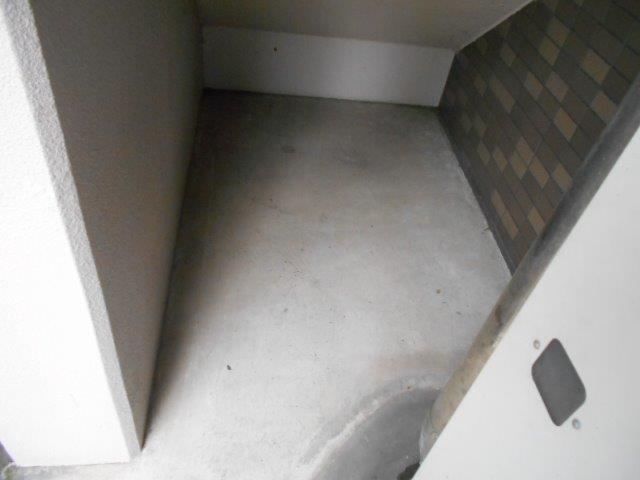 マンション共用部の定期清掃|横浜市西区のBマンションにて巡回清掃施工後
